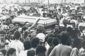1-Pablo-Escobar-Entierro-Colp