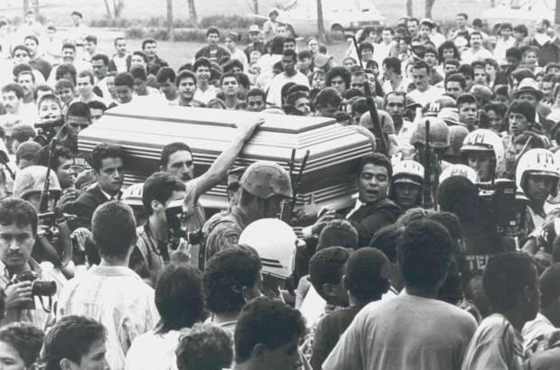 Погребението на Палбо Ескобар